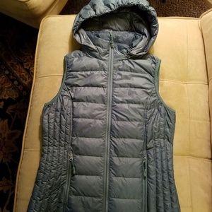 32 Degrees Heat Down Jacket Vest, Sized XS.